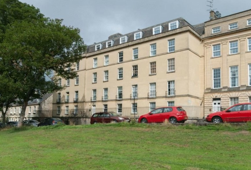 2 Bedroom Property To Rent In Nelson House Bath Crisp